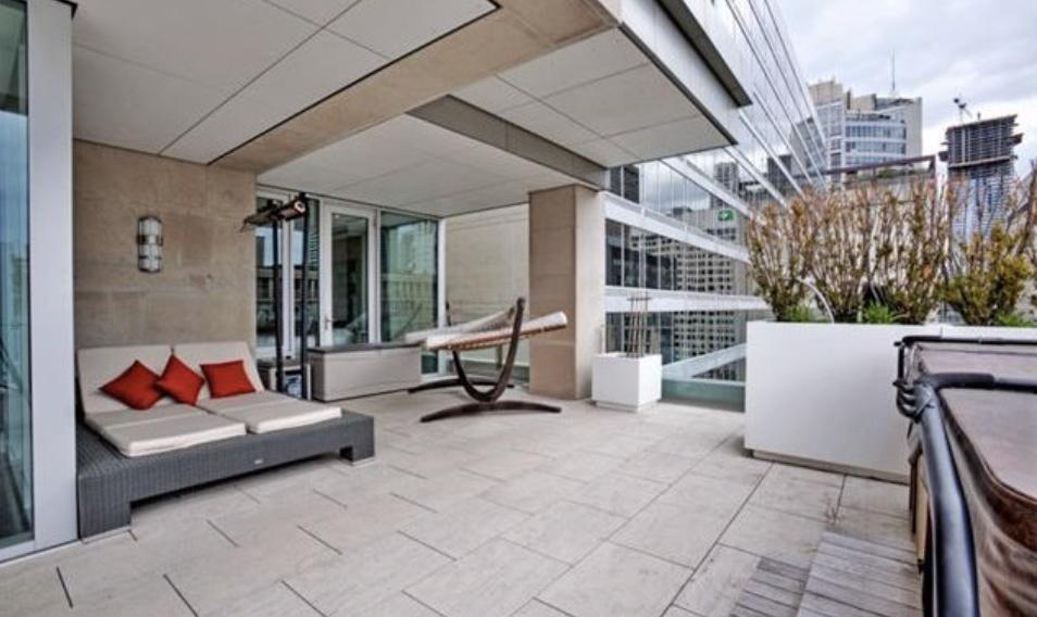 155 Cumberland Street luxury condo balcony
