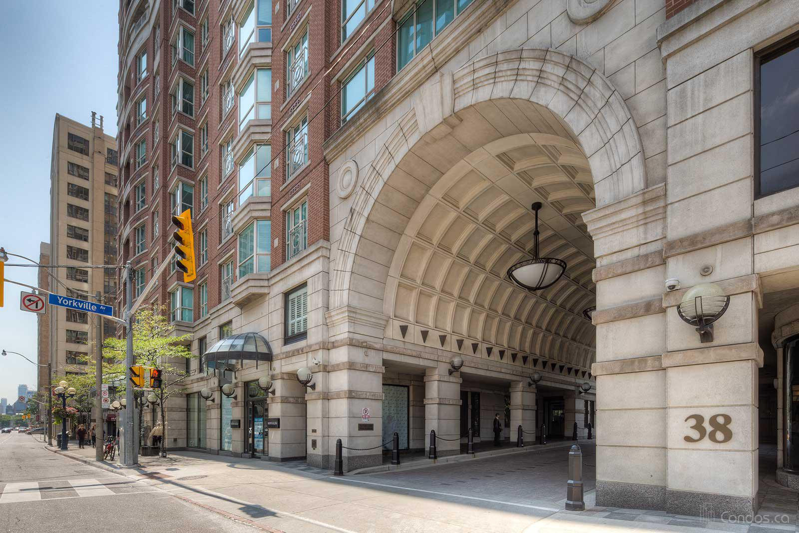 The Prince Arthur Luxury Condo in Yorkville showing exterior